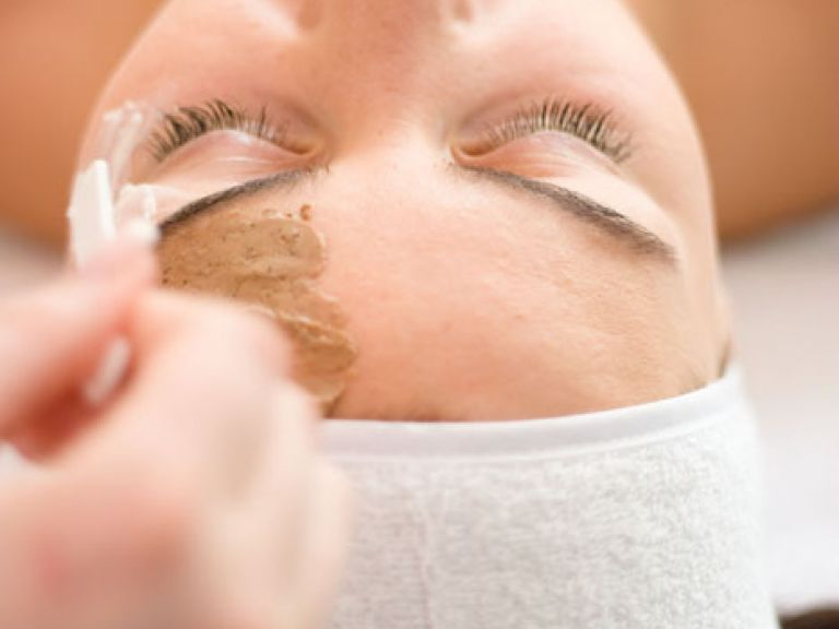 Facial treatments in the Hotel Das Schmidt in the Burgenland